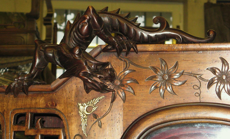 Sculptures meuble Chinois - Mauconduit Ebénisterie